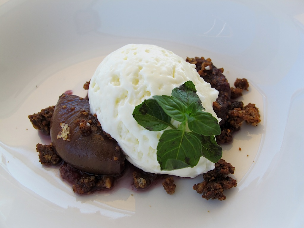 mousse di yogurt,  Ittiturismo Fradis Minoris, Chef Manuele Senis, Pula, Cagliar