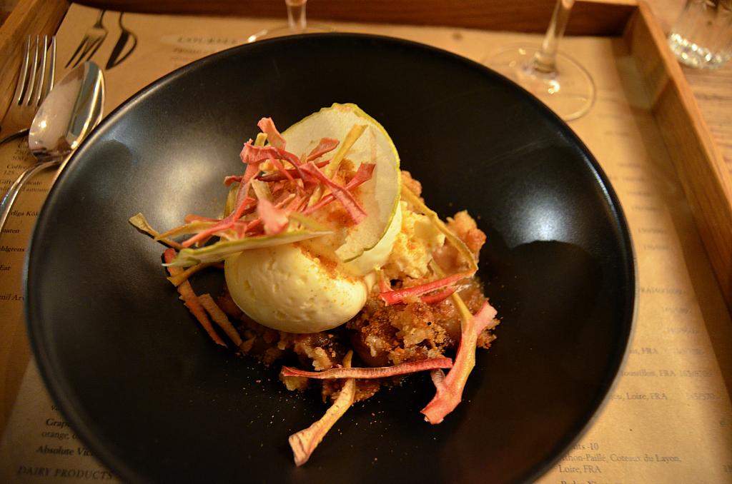 Crumble di mele, Matbaren, Chef Mathias Dahlgren, Stockholm, Svezia