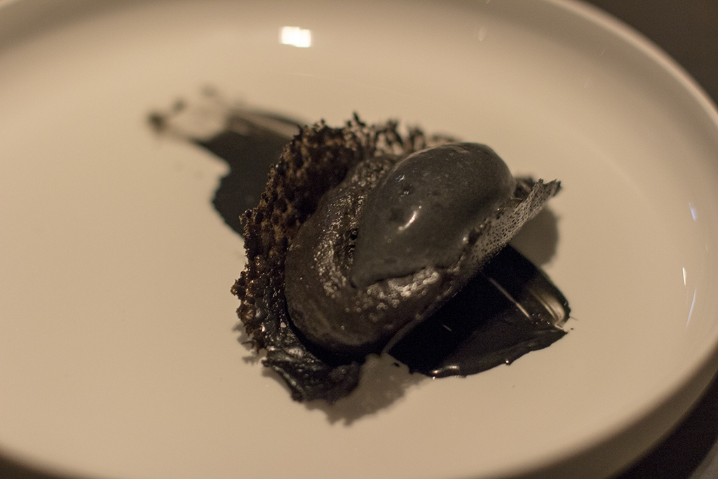 cioccolato, carbone, Akrame, Chef Akrame Benallal, Paris, France