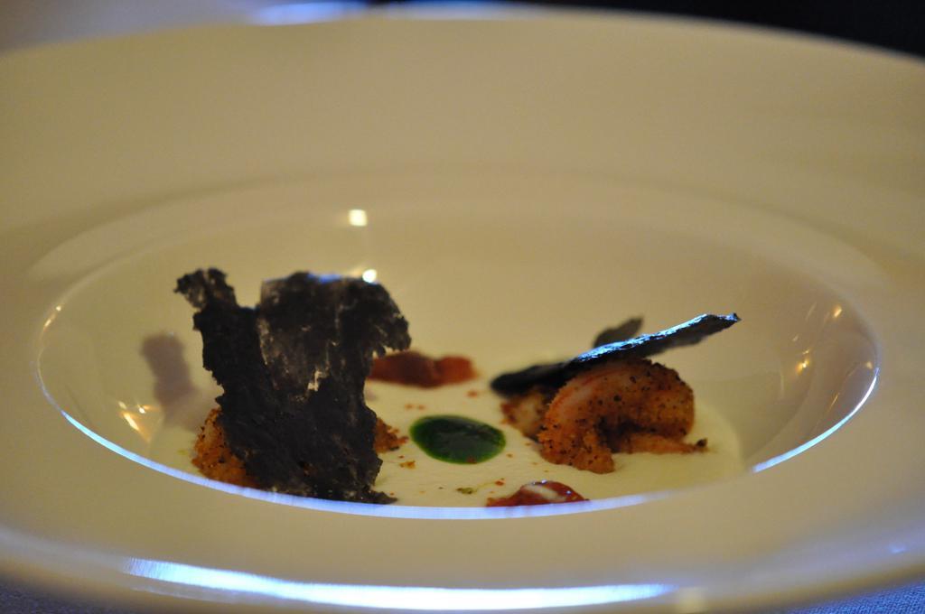 Cialde di nero di seppia, Duomo, Chef Ciccio Sultano, Ragusa Ibla