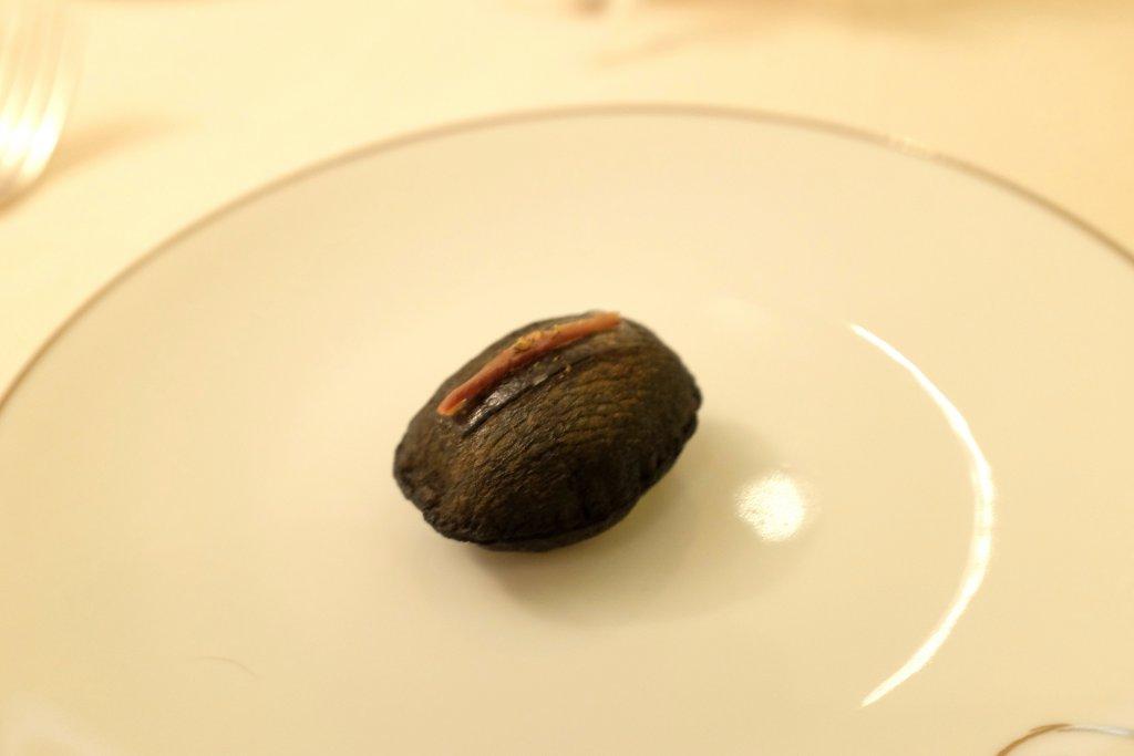 Patata soffiata al nero, Villa Archange, Chef Bruno Oger, Le Cannet, France
