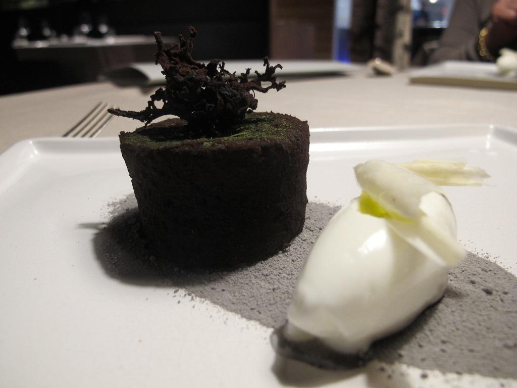 tortino al cioccolato, Terra, Chef Heinrich Schneider, Val Sarentino