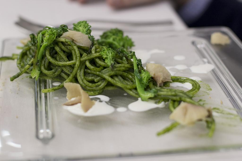 spaghetti cimii di rapa e aringa affumicata, Manna, Chef Matteo Fronduti, Milano