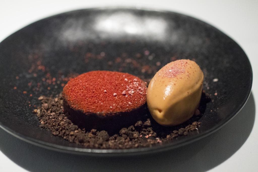 spicy chocolate, Gile Restaurant, Chef Cihan Kıpçak e Üryan Doğmuş, Istanbul