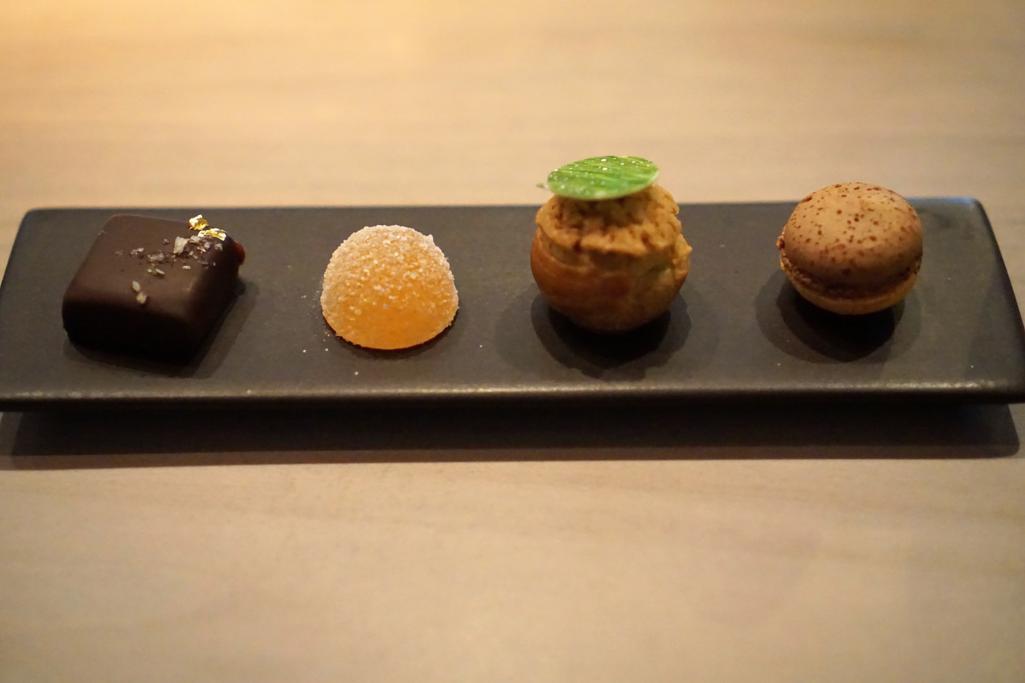 petit fours, HKK, Chef Tong Chee Hwee, Londra