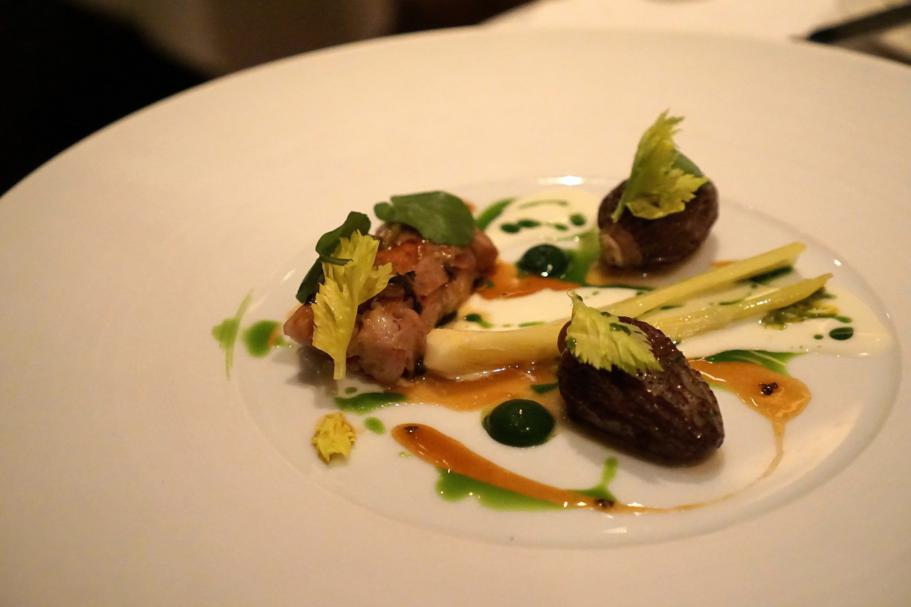 Coniglio, spugnole, The Ledbury, Chef Brett Graham, Notting Hill, Londra