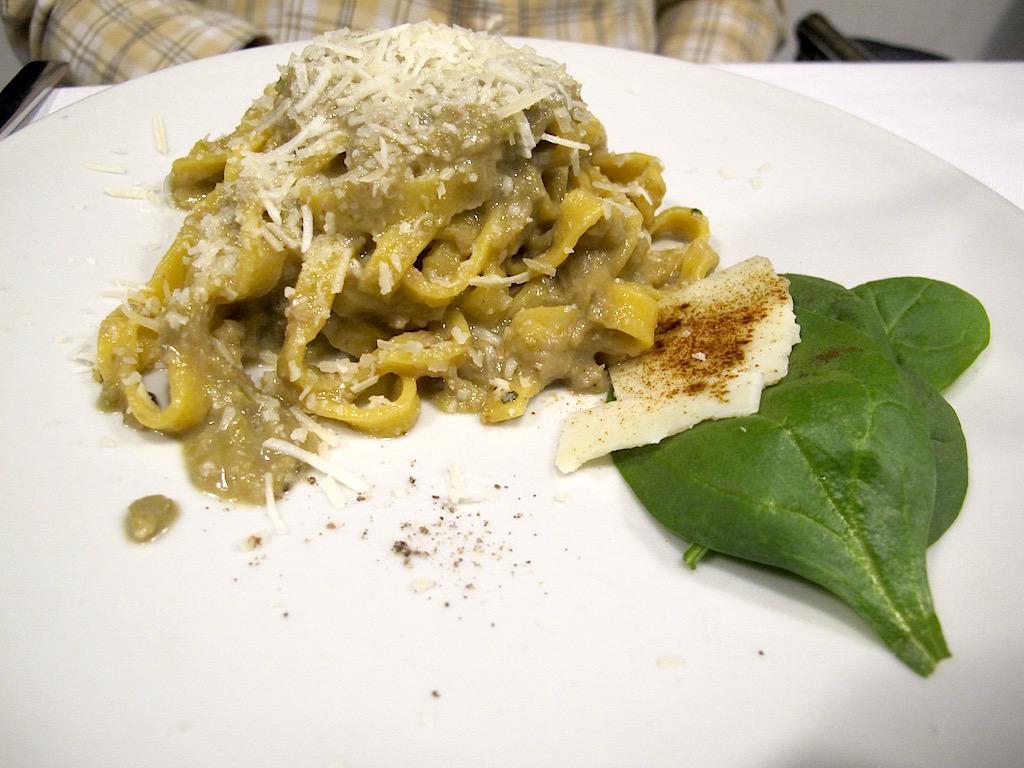 fettuccine con pesto e asparagi, Asino d'Oro, Chef Lucio Sforza, Roma