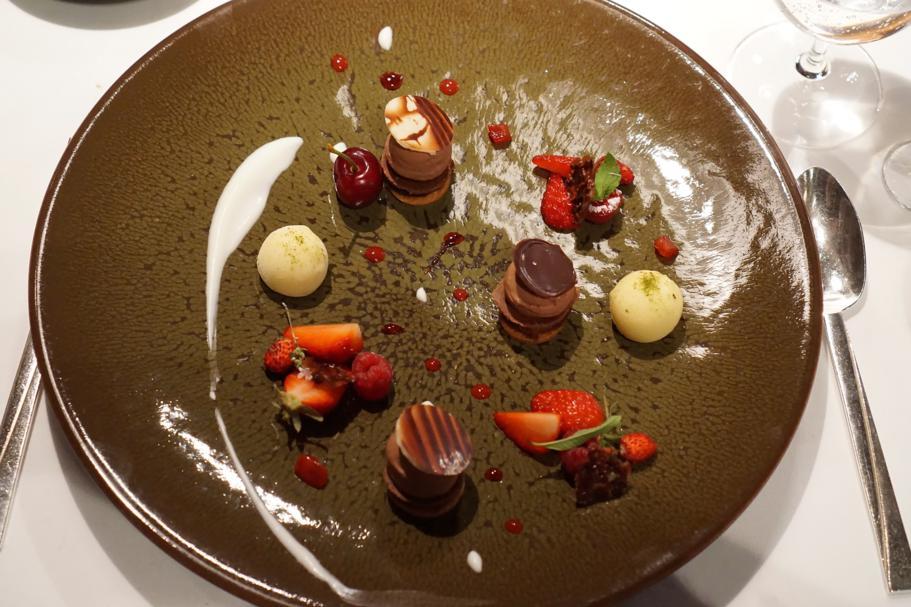 cioccolato e frutti rossi, Régis et Jacques Marcon, Saint Bonnet le Froid, France