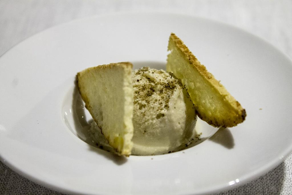 Gelato al cappero, Hotel Signum, Chef Martina Caruso, Malfa