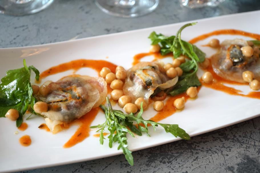 ravioli di pancetta ripieni di bietole, Le Comptoir des Tontons, Chef Pepita, Beaune, Francia