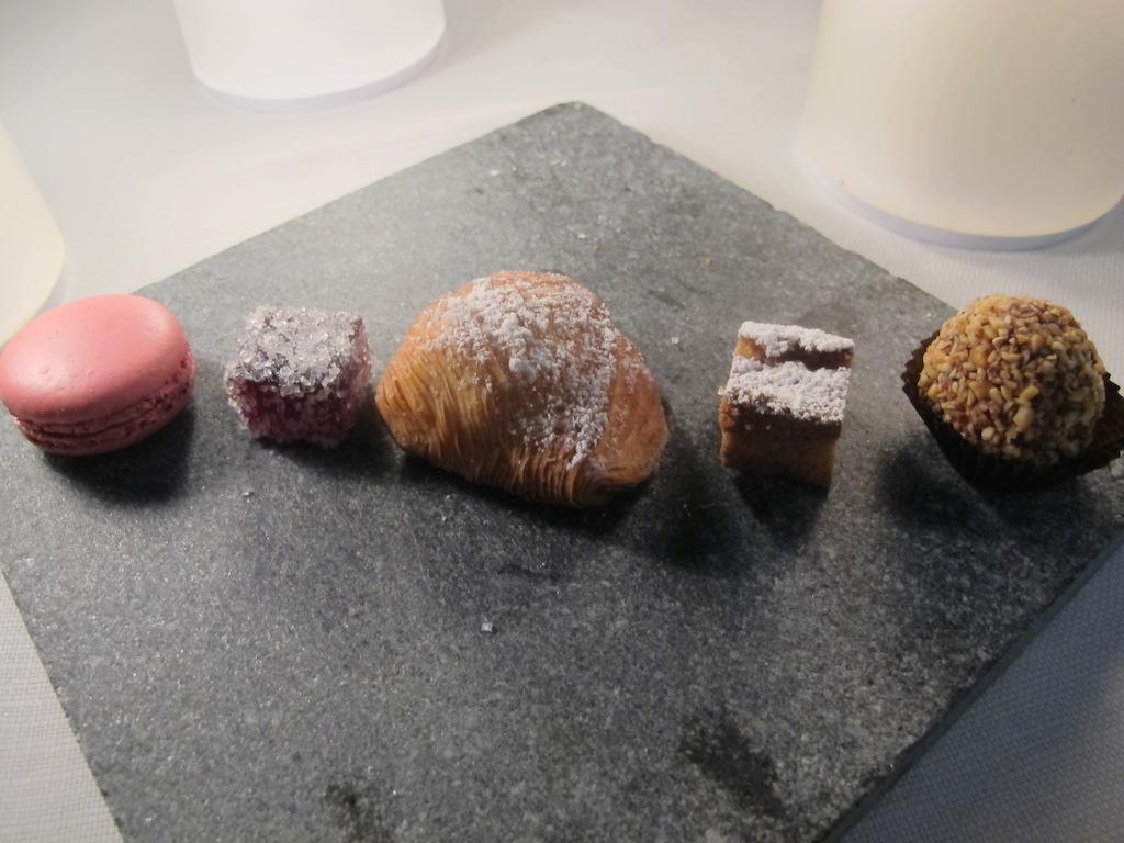 piccola pasticceria, La Magnolia, Chef Cristoforo Trapani, Forte dei Marmi