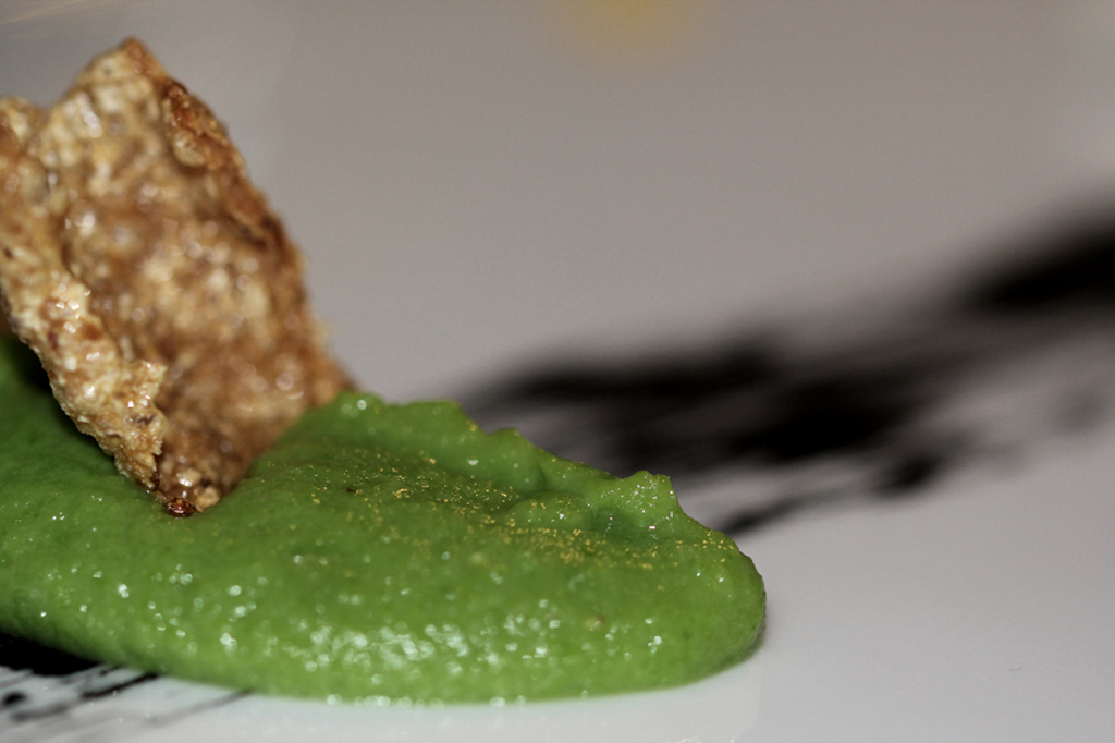 Crema di piselli e chips chips, Antica Osteria Nonna Rosa, Chef Peppe Guida, Vico Equense