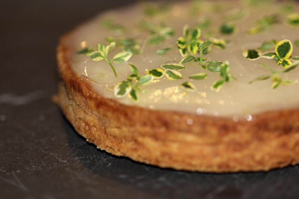 crostata di timo e basilico, Antica Osteria Nonna Rosa, Chef Peppe Guida, Vico Equense