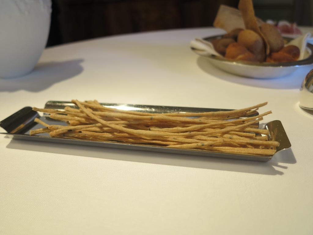 grissini, amuse bouche, Villa Crespi, Chef Antonino Cannavacciuolo, Orta San Giulio, Masterchef