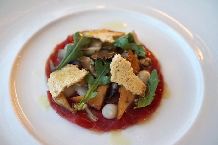Carpaccio di manzo, Dopolavoro Dining Room, Chef Federico Belluco, Giancarlo Perbellini, Isola delle Rose, Venezia