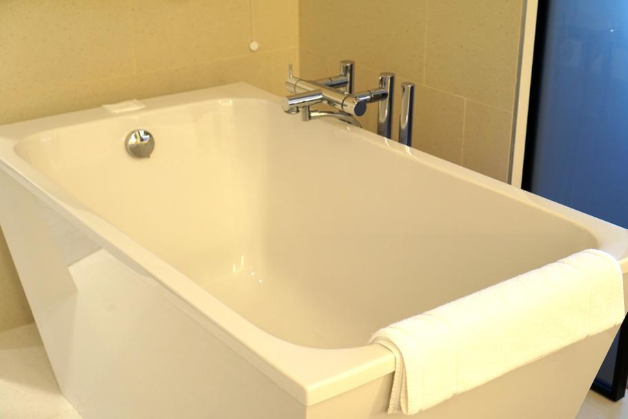 vasca da bagno, JW Marriott Venezia, Isola delle Rose, Venezia