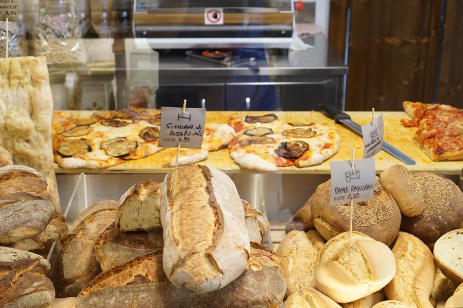 pane, pizza, I Banchi, Chef Giuseppe Cannistrà, Ciccio Sultano, Ragusa Ibla