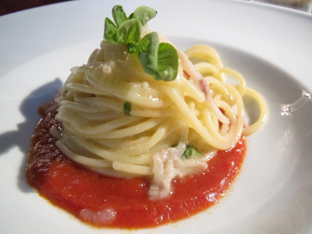 spaghetti, cipollotto, pomodoro e guanciale, Casa del Nonno 13, Mercato San Severino, Salerno