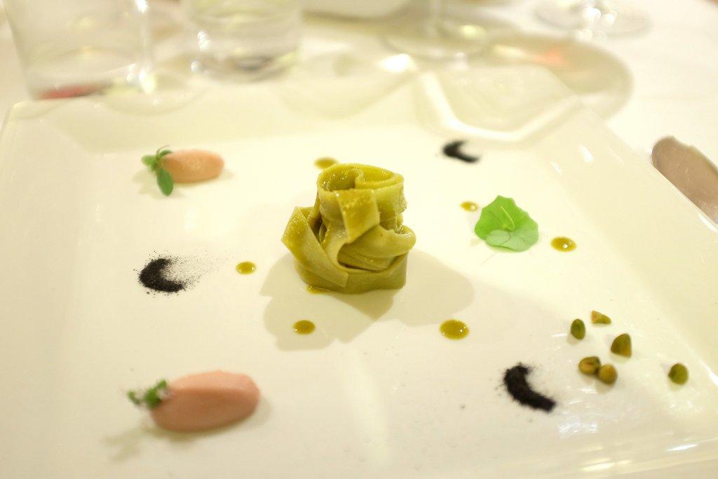 fettuccine ai pistacchi, Taverna Estia, Chef Francesco Sposito, Brusciano