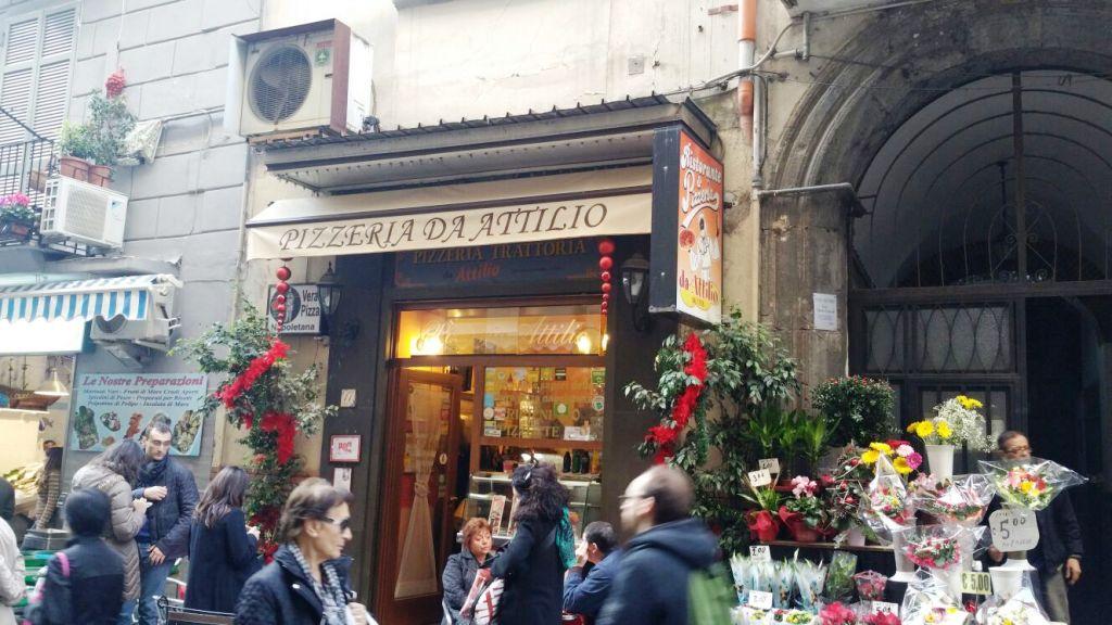 Da Attilio, Attilio Bachetti, Napoli