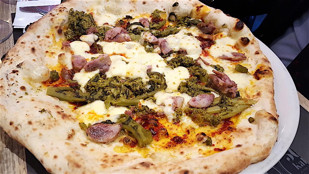 broccoli, salsiccia, 'nduja, Pizzeria 50 Kalò, Ciro Salvo, Napoli