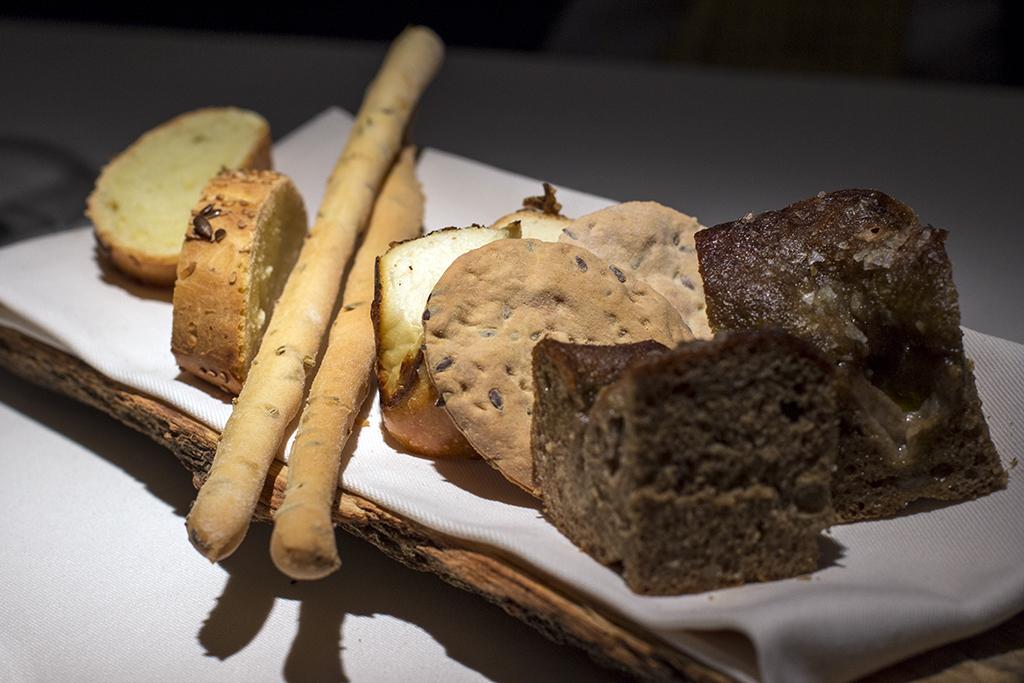 Pane e grissini, Essenza, Chef Eugenio Boer, Milano