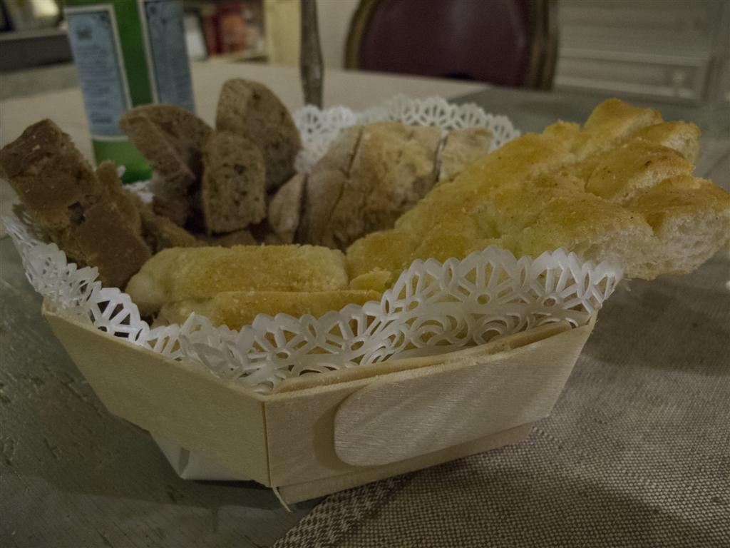 pane, Il Merlo, Chef Angelo Torcigliani, Camaiore