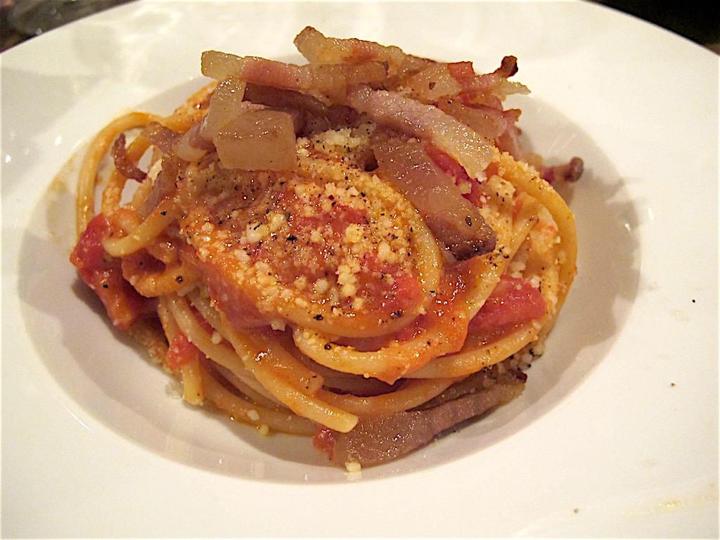 spaghetto all'amatriciana, Secondo Tradizione Banco&Cucina, Roma