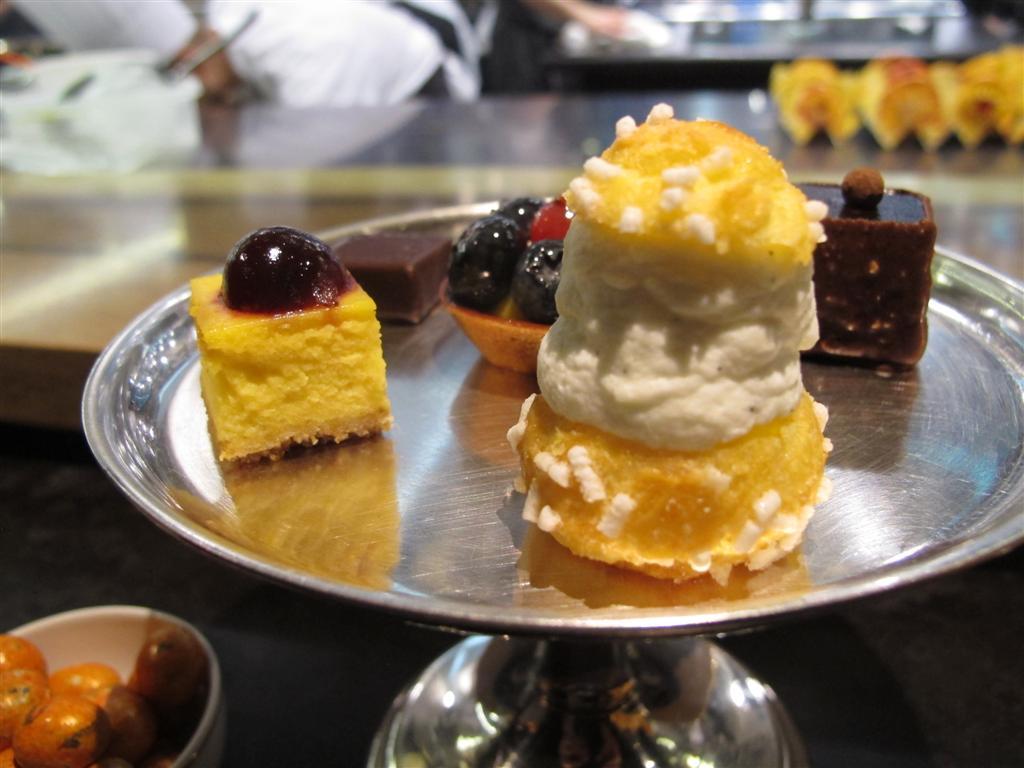 piccola pasticceria, Ristorante Del Cambio, Chef Matteo Baronetto, Torino