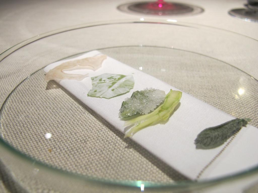 foglie aromatizzate, Ristorante Agli Amici, Chef Emanuele Scarello, Udine