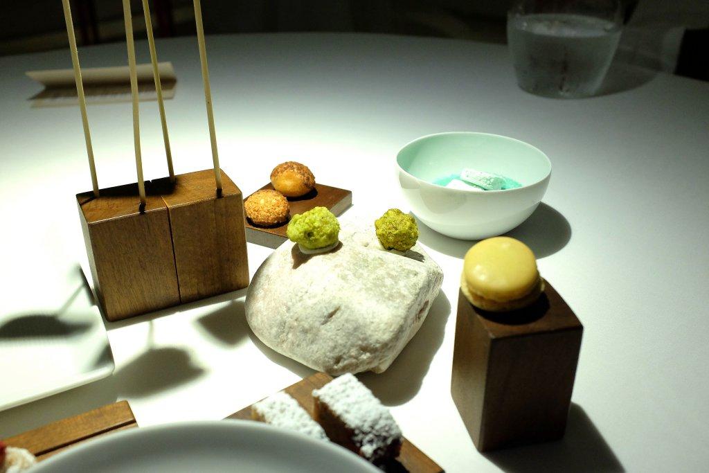 piccola pasticceria, Antica Osteria Cera, Chef Lionello Cera, Lughetto di Campagna Lupia, Verona