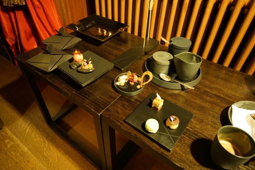 piccola pasticceria, Schloss Schauenstein, Chef Andreas Caminada, Svizzera