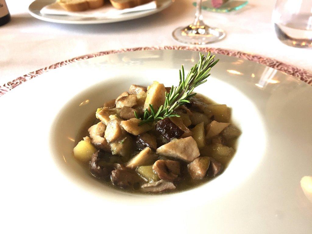 zuppa,  Locanda Gulfi, Chef Ninni Radicini, Chiaramonte Gulfi, Ragusa, Sicilia