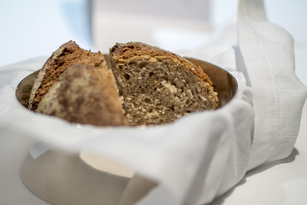 pagnotta, Osteria Francescana, Modena, Chef Massimo Bottura
