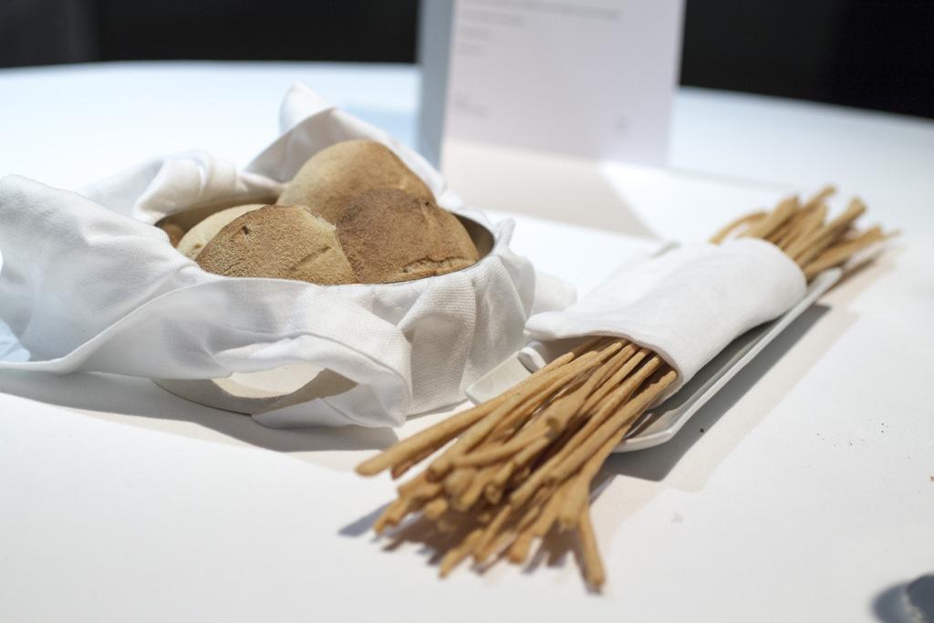 pane, Osteria Francescana, Modena, Chef Massimo Bottura