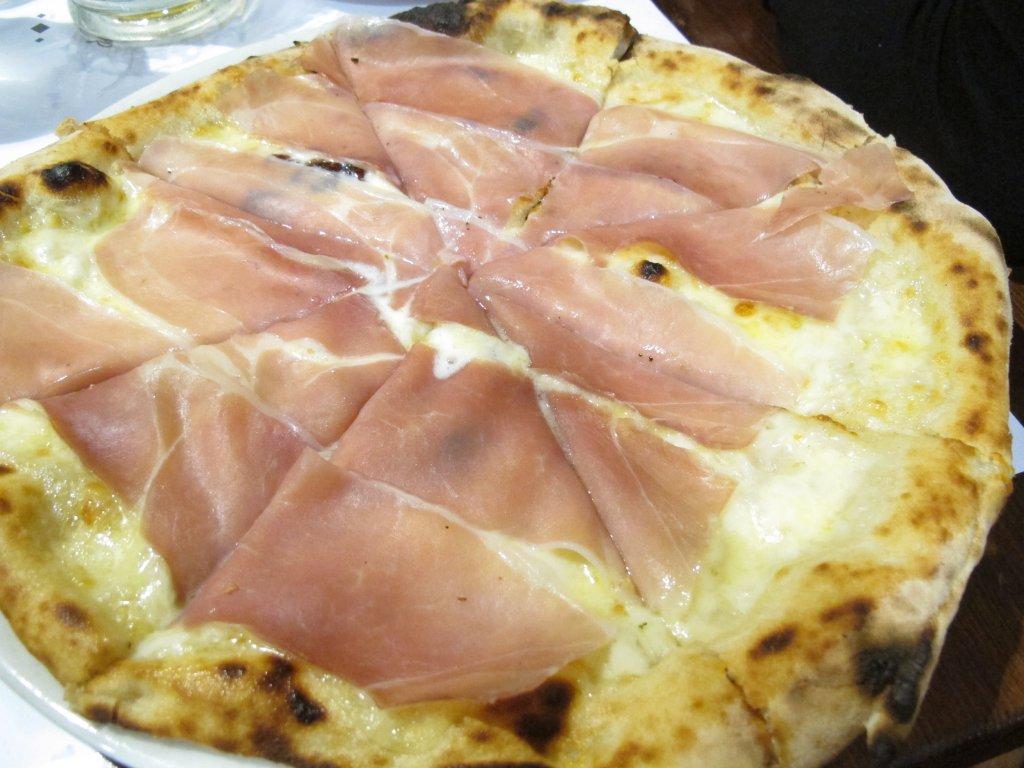 provola, speck, pizza, Pizzeria Sforno, Stefano Callegari, Roma
