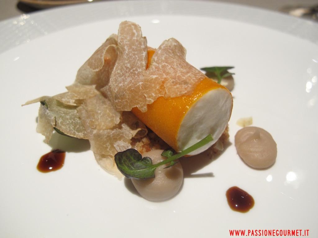 La Rei: Cannolo di zucca, robiola di Roccaverano, crema di castagne, tartufo bianco