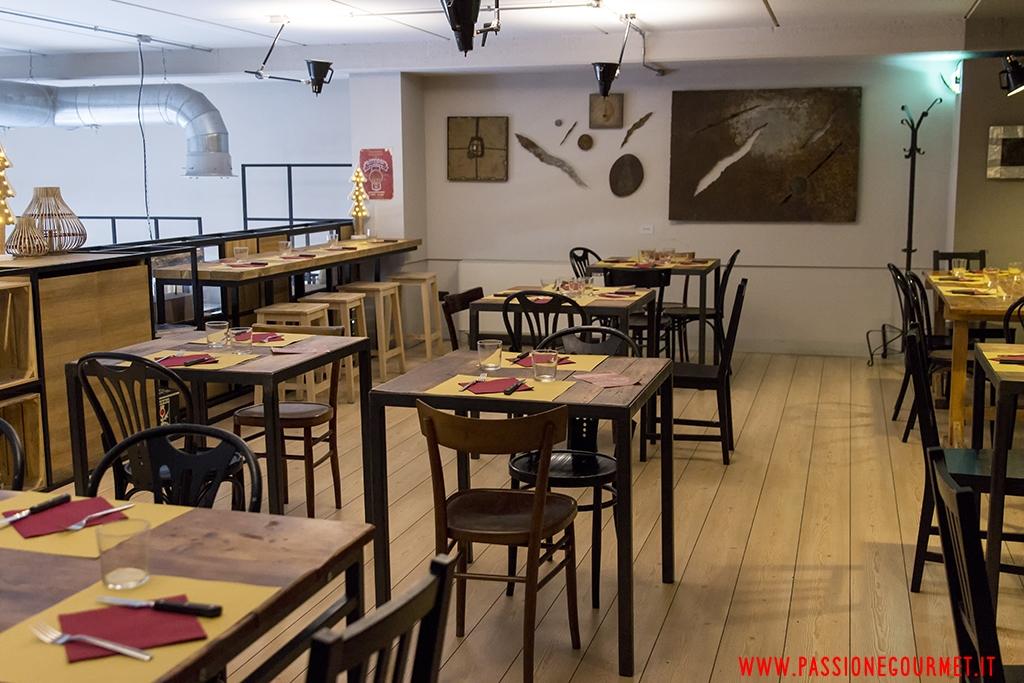 piano superiore, Pizzeria Rise Live Bistrot, Vimercate, Milano