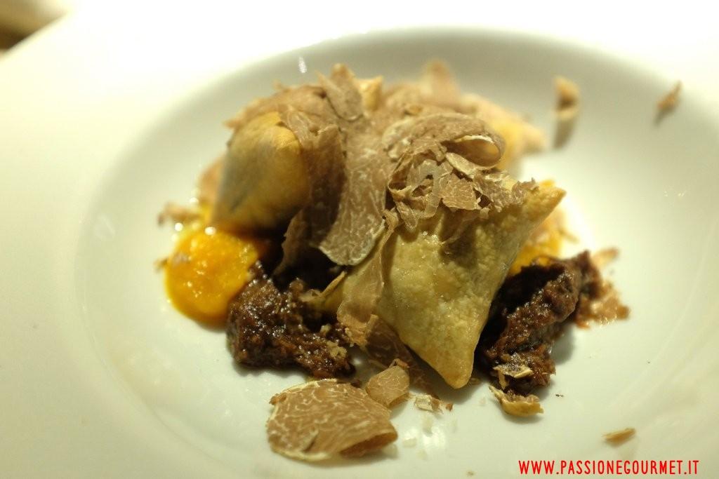 Le Calandre: Pasta al forno con lepre, salsa di zucca e tartufo bianco