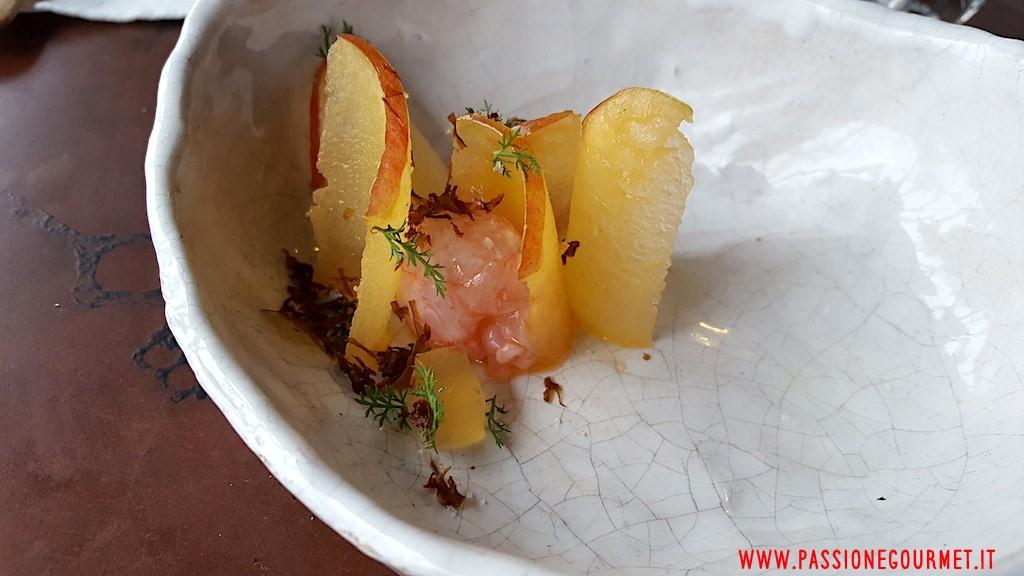 La Grenouillere: Scampi con mela marinata