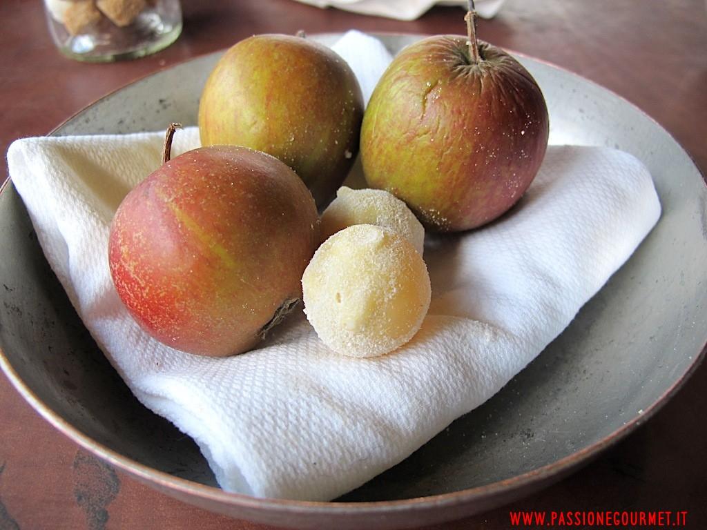 La Grenouillere: Cioccolato bianco e mela