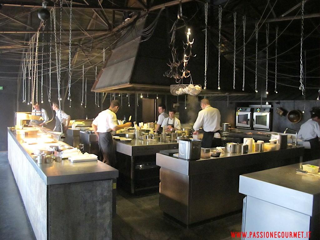 La Grenouillere: Cucina
