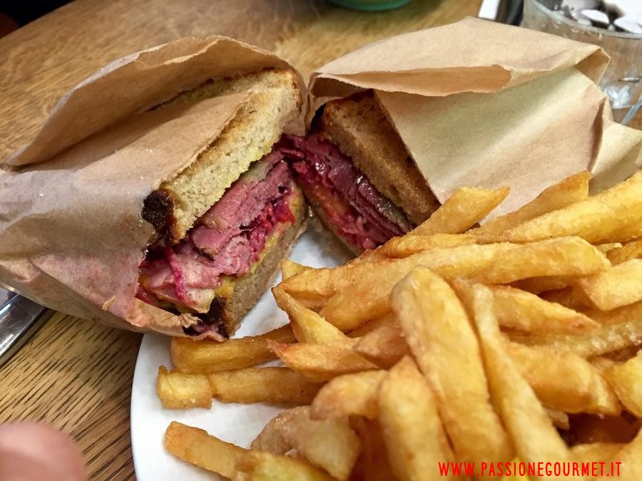 Reuben sandwich, parigi, Frenchie to go